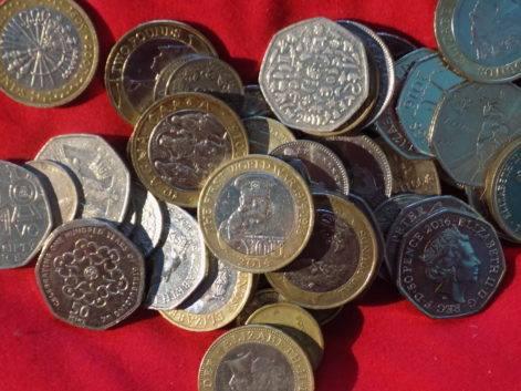 Uniwersalny dochód podstawowy, rewolucją w królestwie brytyjskim